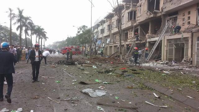 Video Nổ cực lớn tại Hà Đông, nhiều người chết ảnh 3