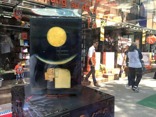 Lộ diện bộ sách tiền tỉ tại hội sách ảnh 3