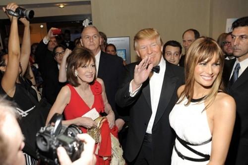 Bữa tiệc đắng của Obama dành cho Donald Trump ảnh 1