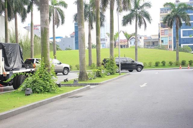 Đoàn xe đón ông Obama đã rời khách sạn đến Sân bay Nội Bài ảnh 6