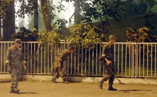 Vì sao trực thăng Marine không được hộ tống ông Obama tại Việt Nam? ảnh 1