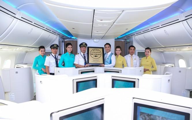 Vietnam Airlines tăng 11 bậc, lọt top 50 hãng hàng không hàng đầu thế giới 2016 ảnh 1