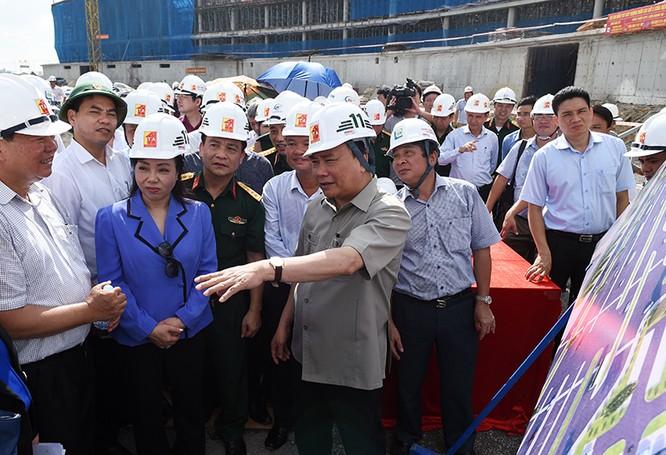 Thủ tướng Nguyễn Xuân Phúc thăm và làm việc tại Hà Nam ảnh 1