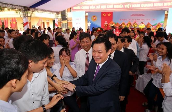 Thủ tướng Nguyễn Xuân Phúc: Chấn hưng giáo dục phải từ cơ sở ảnh 4