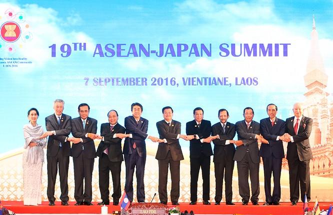 Thủ tướng phát biểu về biển Đông tại các Hội nghị cấp cao giữa ASEAN với Trung Quốc, Nhật Bản ảnh 2