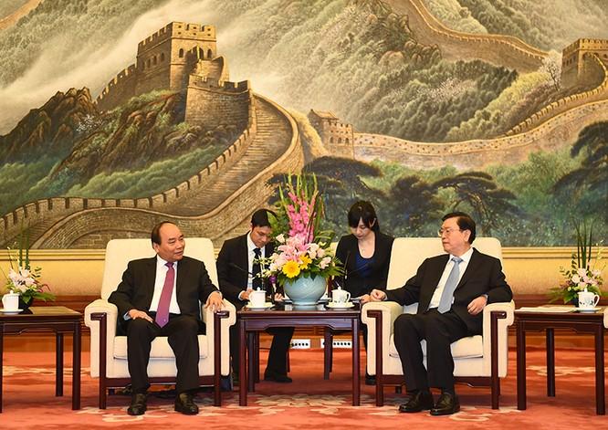 Thủ tướng Nguyễn Xuân Phúc hội đàm với nhiều lãnh đạo cấp cao Trung Quốc tại Bắc Kinh ảnh 2