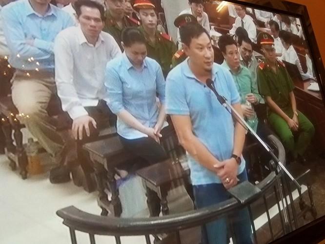 Hà Văn Thắm muốn nhận tội cho thuộc cấp, xin tình tiết tăng nặng cho bản thân ảnh 1