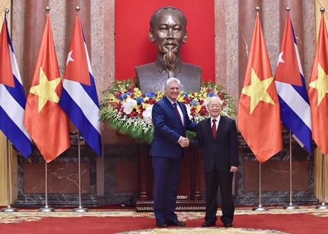 Tổng Bí thư, Chủ tịch nước Nguyễn Phú Trọng hội đàm với Chủ tịch HĐNN, HĐBT Cuba ảnh 1