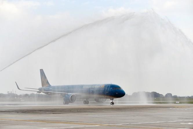 Ngắm máy bay A321neo - lớn nhất gia đình A320, có cả hệ thống giải trí không dây - mà Vietnam Airlines vừa nhập về ảnh 1