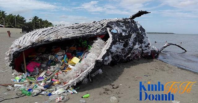 Nỗi ám ảnh kinh hoàng từ thủy triều nhựa: Khai tử ống hút nhựa là chưa đủ - Ảnh 1.