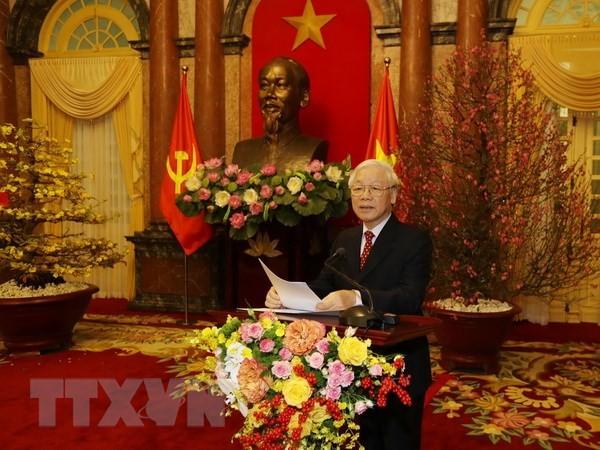 Tổng Bí thư, Chủ tịch nước Nguyễn Phú Trọng chúc Tết. (Ảnh : Trí Dũng/TTXVN)