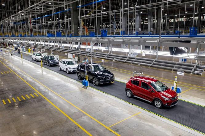 Vingroup chính thức công bố số xe Vinfast đã bán: 17.000 ô tô và 50.000 xe máy điện ảnh 1