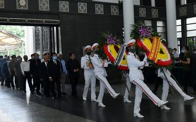 Cử hành trọng thể lễ tang đồng chí Nguyễn Đình Hương ảnh 6
