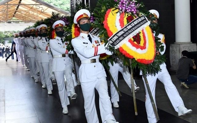 Cử hành trọng thể lễ tang đồng chí Nguyễn Đình Hương ảnh 7