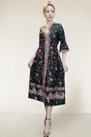 trang phục có họa tiết hoa lá