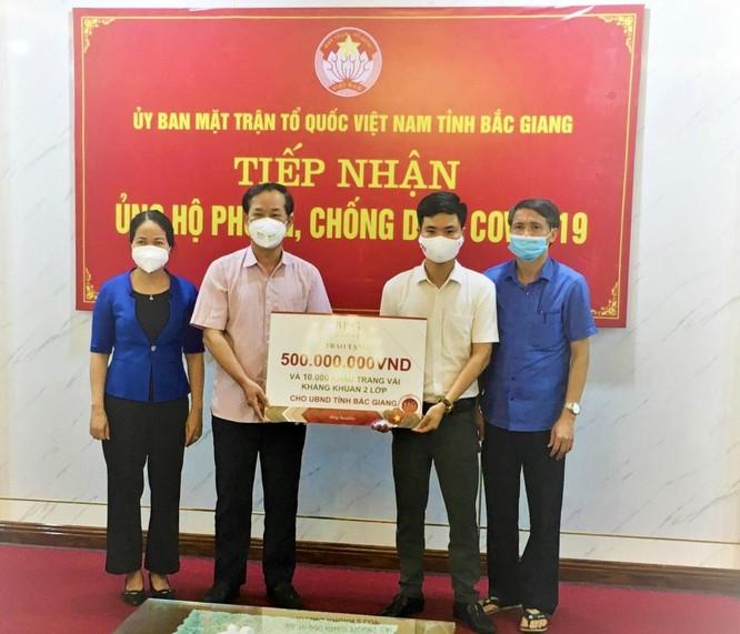 Tập đoàn BRG ủng hộ 1 tỷ đồng và 20.000 khẩu trang cho tỉnh Hà Nam, Bắc Giang để chống dịch Covid-19 ảnh 2