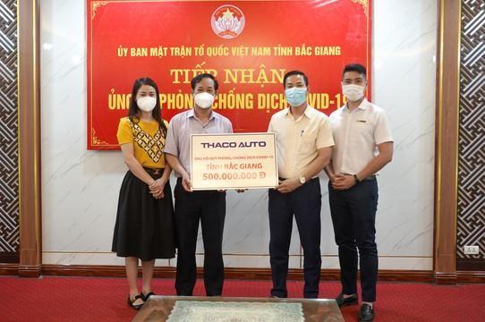 THACO AUTO ủng hộ 1,5 tỷ đồng cho 3 địa phương chống dịch ảnh 1