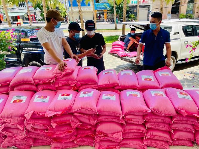 Vicoland Group trao tặng 5000 bộ test nhanh tiếp sức Đà Nẵng chống dịch ảnh 2