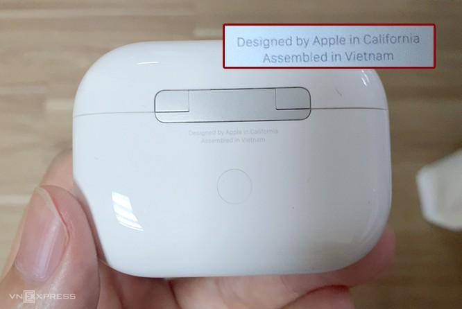 Một số mẫu AirPods Pro mới đã được sản xuất tại Việt Nam. Ảnh: Huy Nguyễn
