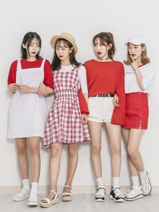 Những tone màu thời trang hè 2018 thu hút giới trẻ ảnh 5