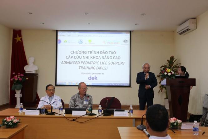 9 chuyên gia hàng đầu Úc hỗ trợ bác sĩ Nhi Đồng 1 nâng cao kỹ năng cấp cứu ảnh 1