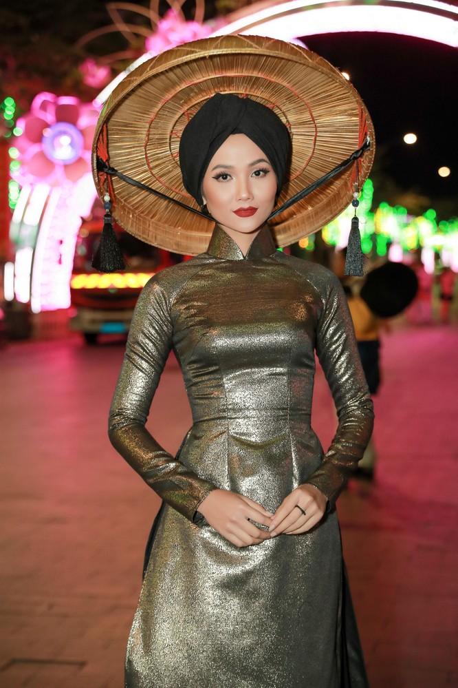 H'Hen Niê lọt top 50 người phụ nữ ảnh hưởng nhất Việt Nam ảnh 5