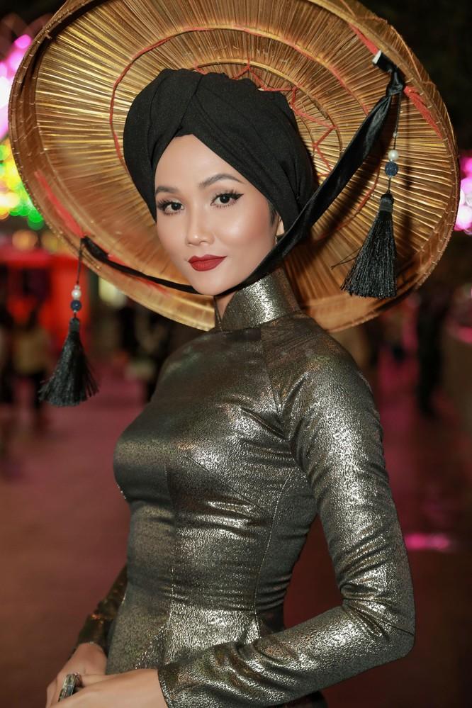 H'Hen Niê lọt top 50 người phụ nữ ảnh hưởng nhất Việt Nam ảnh 4