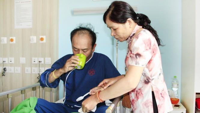 Thoát nguy cơ bại liệt nhờ phẫu thuật thoát vị đĩa đệm kịp thời ảnh 1