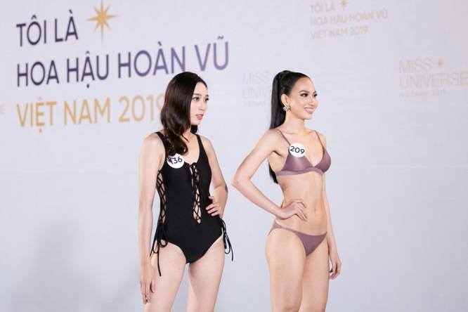 Nóng bỏng phần thi bikini Hoa hậu Hoàn vũ VN 2019 ảnh 2
