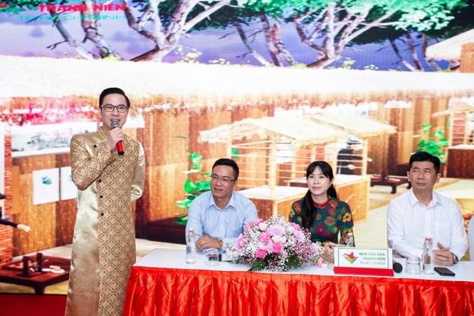 Tết Việt Canh Tý 2020 hấp dẫn với phố ông Đồ rực sắc mai vàng ảnh 4