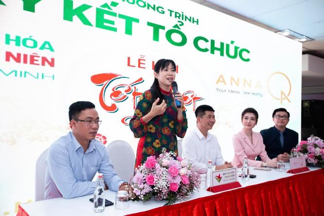 Tết Việt Canh Tý 2020 hấp dẫn với phố ông Đồ rực sắc mai vàng ảnh 6