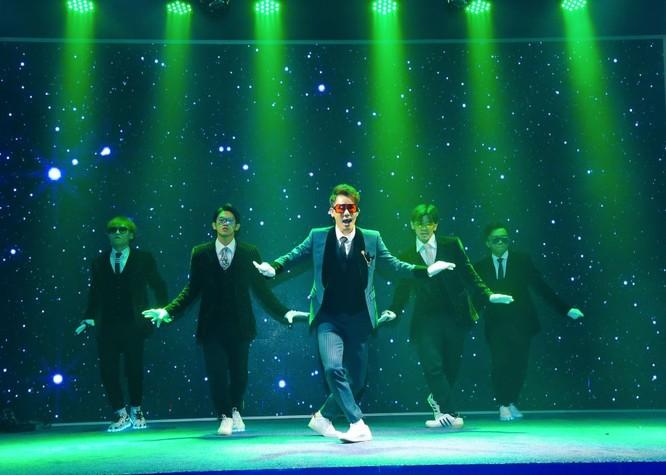 Chu Bin ra mắt MV dance hoành tráng