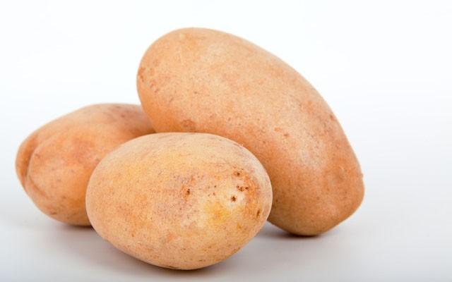 Hãy ăn khoai tây và khoai lang luộc hoặc nướng, đừng chiên nhé bạn