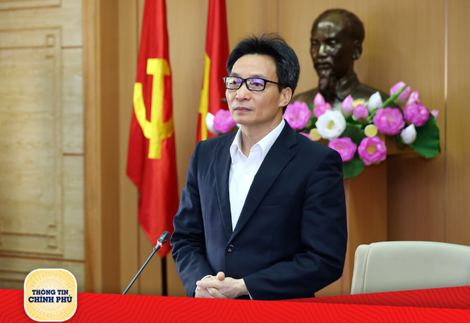 Phó Thủ tướng Vũ Đức Đam cảm ơn người dân đã nỗ lực chống dịch (Ảnh: VGP)