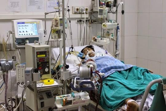 Nỗ lực cứu bệnh nhân 91, BV Bệnh Nhiệt đới TP.HCM chụp CT Scan lần 2 ảnh 1