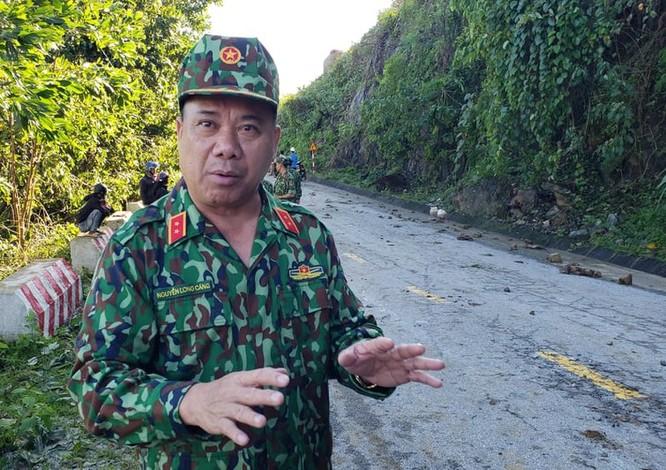 Dốc toàn lực, đưa cả máy bay và tàu thuỷ vào cứu dân Trà Leng ảnh 17