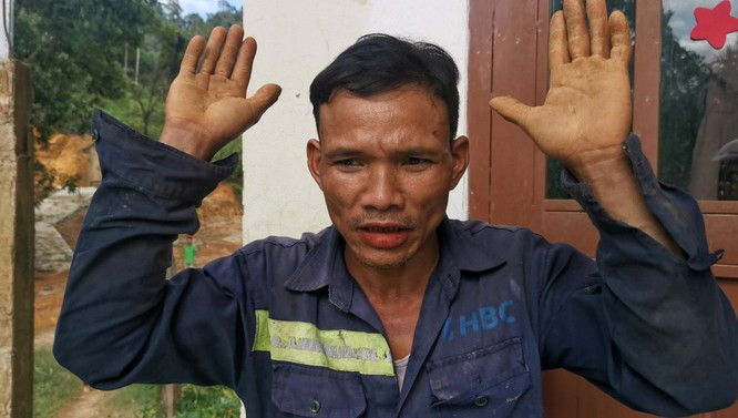 Dốc toàn lực, đưa cả máy bay và tàu thuỷ vào cứu dân Trà Leng ảnh 11