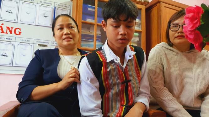 Video lũ quét kinh hoàng ở Phước Sơn, ám ảnh những đứa trẻ mồ côi ảnh 1