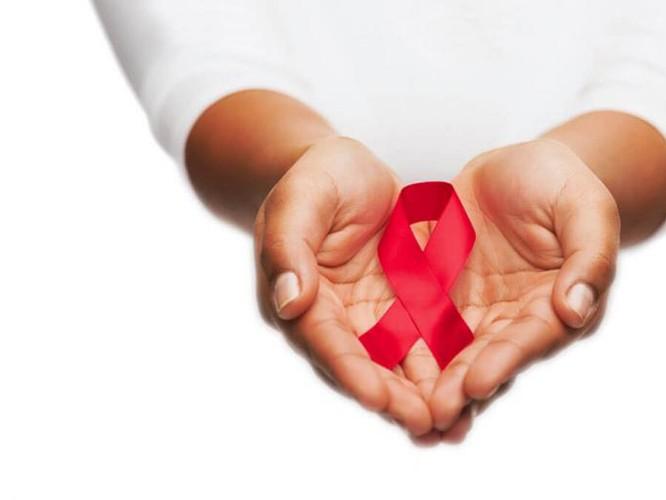Nhắm đích giảm báo động đỏ nhiễm mới HIV/AIDS do quan hệ đồng tính ảnh 1