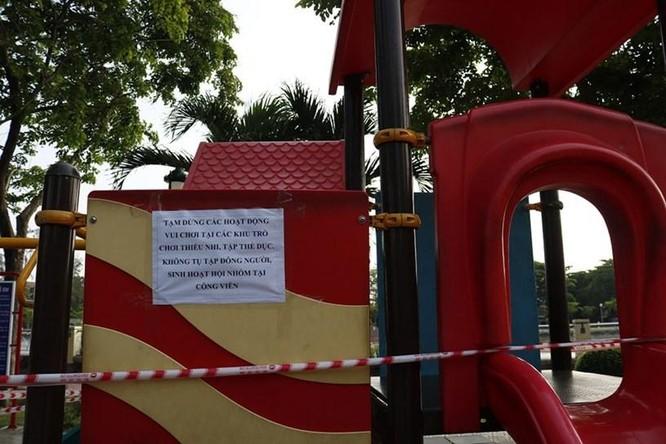 TP.HCM: Không tụ tập vườn hoa, công viên, không đón trả khách tại vùng có dịch ảnh 1