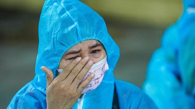 CDC TP.HCM cảnh báo: Hãy xem người đối diện như một F0 ảnh 1