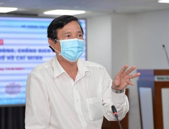 Ca nhiễm tăng cao, phát hiện 5 biến chủng nguy hiểm, Giám đốc HCDC có nghỉ việc như lời đồn? ảnh 1