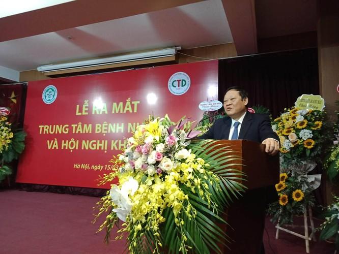 Thứ trưởng Bộ Y tế Nguyễn Viết Tiến chia sẻ tại lễ ra mắt