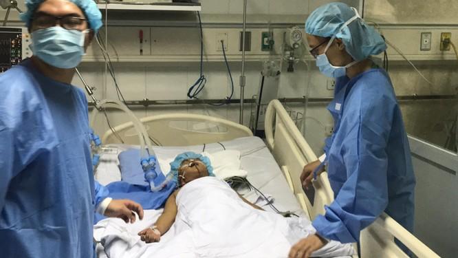 Bệnh nhi được ghép gan chia đang điều trị tại Bệnh viện Việt Đức