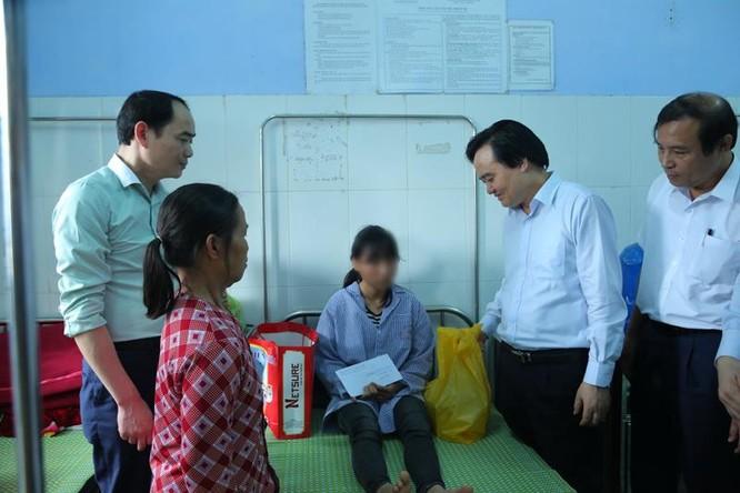 Thủ tướng chỉ đạo xử lý nghiêm vụ nữ sinh bị bạo hành ở Hưng Yên ảnh 2