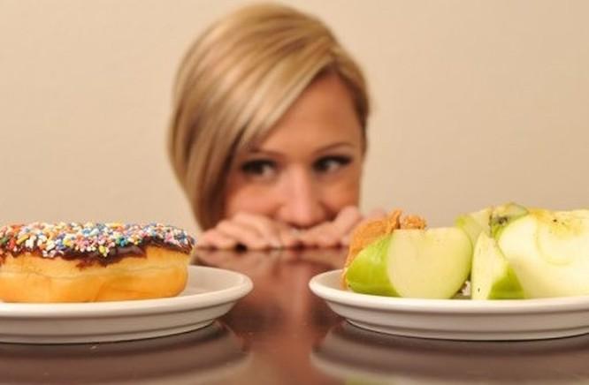 Chế độ ăn kiêng khiến bạn bị thiếu năng lượng nên luôn cảm thấy đói