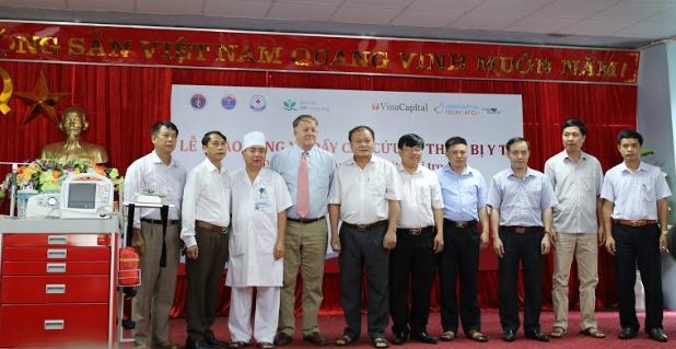 VinaCapital tài trợ 23 thiết bị y tế tại Cao Bằng, Bắc Kạn ảnh 4