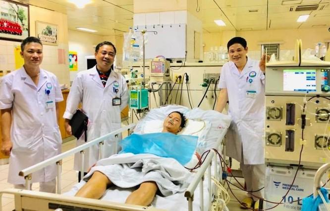 Cứu bệnh nhân thập tử nhất sinh do ngã gây đa chấn thương ảnh 1