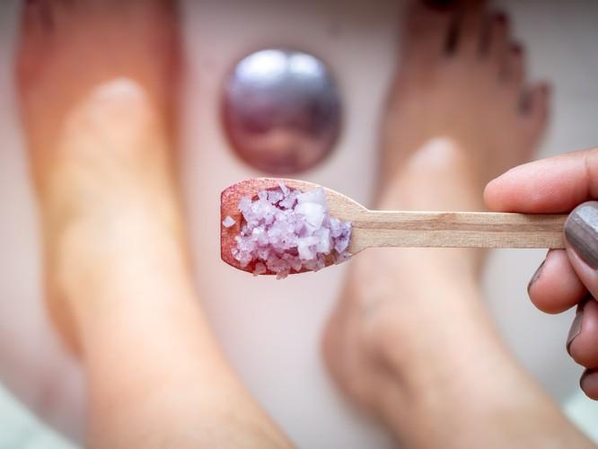Thử ngâm mình trong bồn tắm với 13 thứ này để cải thiện sức khỏe ảnh 3
