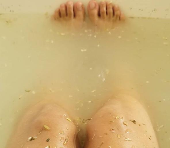 Thử ngâm mình trong bồn tắm với 13 thứ này để cải thiện sức khỏe ảnh 4